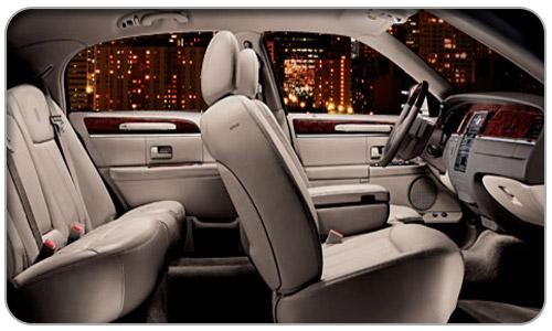 4 Passenger Luxury Sedan - Lincoln Town Car